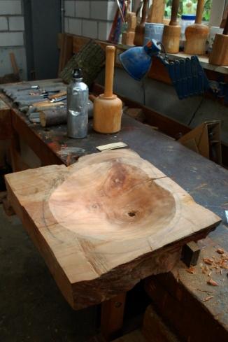Carved bowl 003