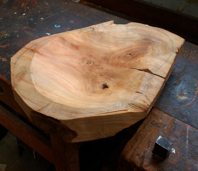 Carved bowl 005