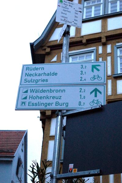 Esslingen_Cycle_signs